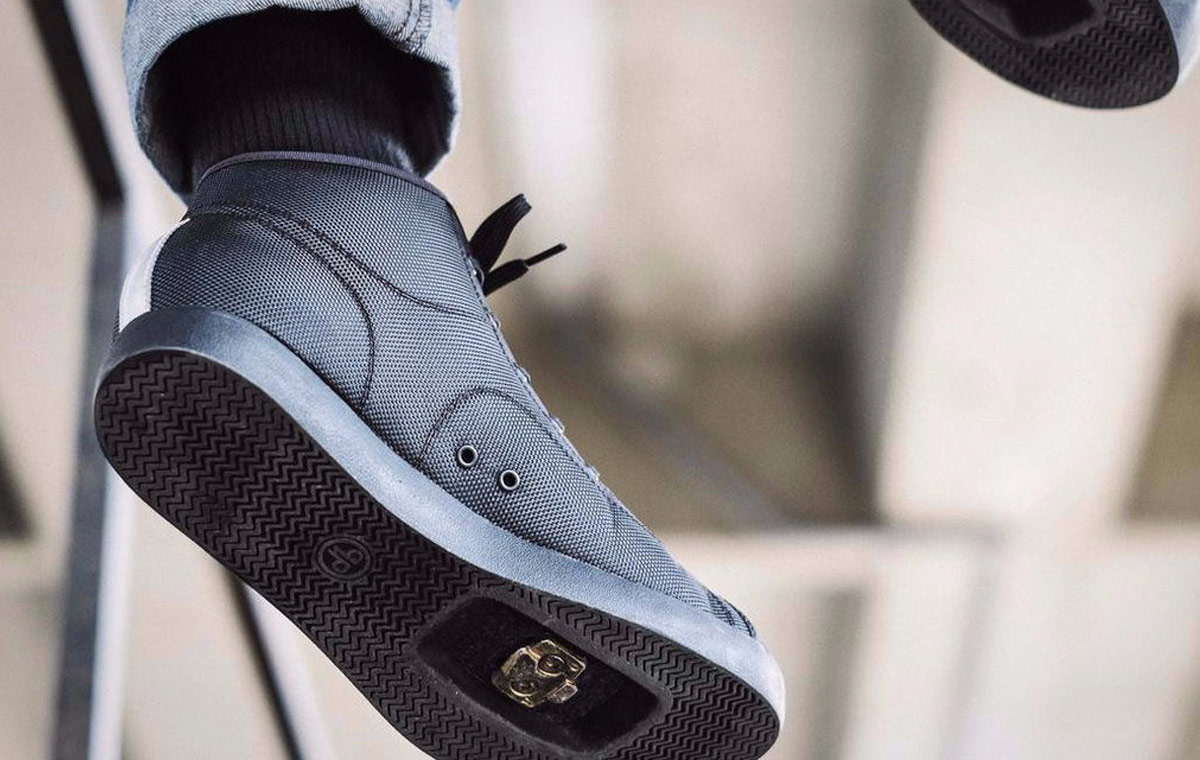 Hardcourt Mid Bike Sneaker