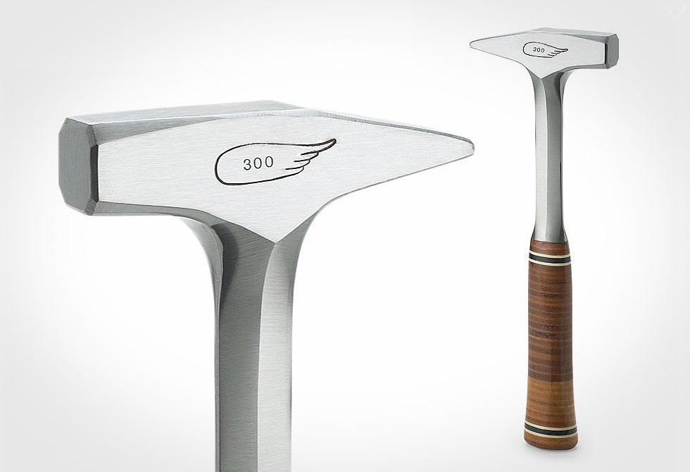 Estwing-Leather-Schlosserhammer-1 - LumberJac