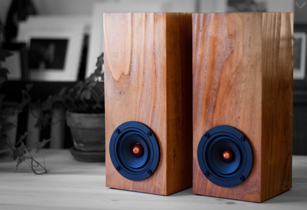 Salvage-Audio-Mini-Tower-Speaker-LumberJac