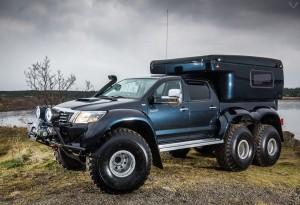 Hilux-AT44-6X6-Arctic-Truck-1-LumberJac