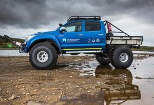 Hilux-AT44-6X6-Arctic-Truck-6-LumberJac