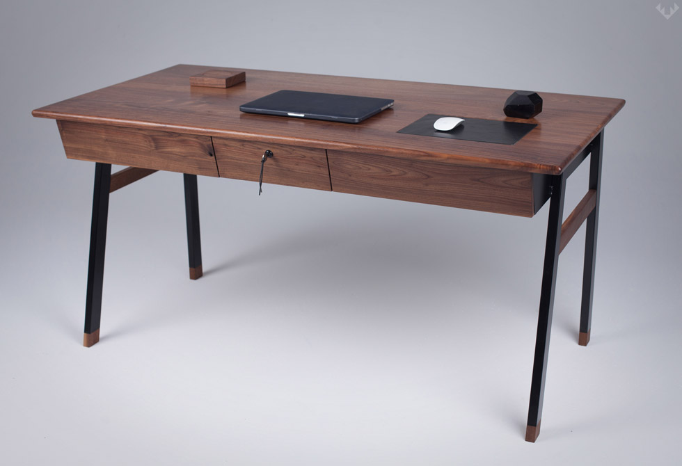 Woolsey-Agent-Desk-LumberJac
