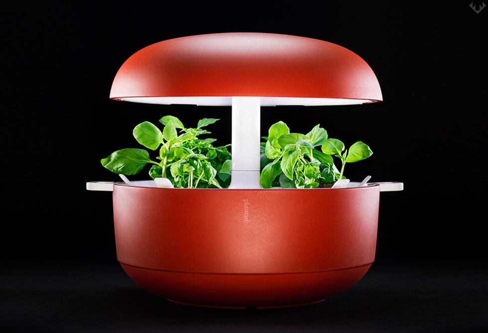 Plantui-6-Smart-Garden-LumberJac